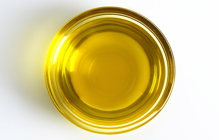 Oils-To-Prevent-Hair-Breakage