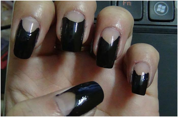 Reverse French Zebra Manicure1