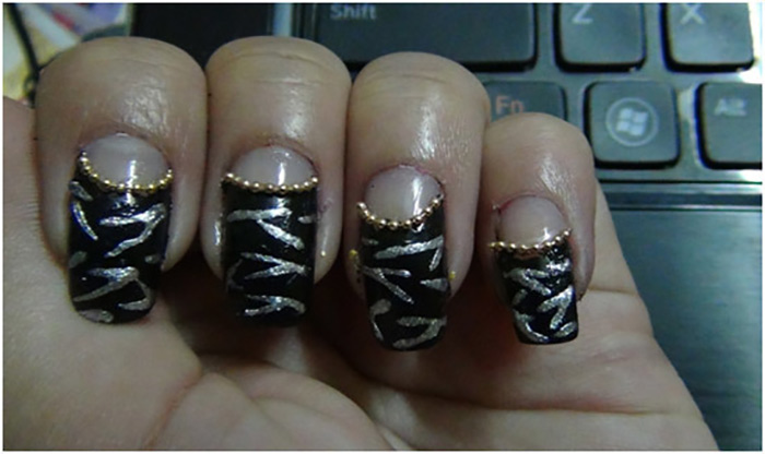 Reverse French Zebra Manicure3