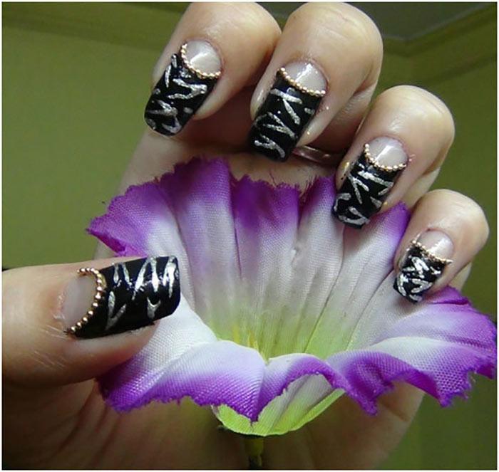 Reverse French Zebra Manicure5