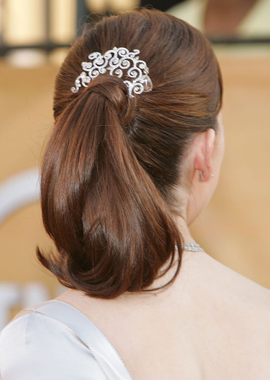 Simple-Ponytail-with-Curly-Ends-and-Hair-Wrap