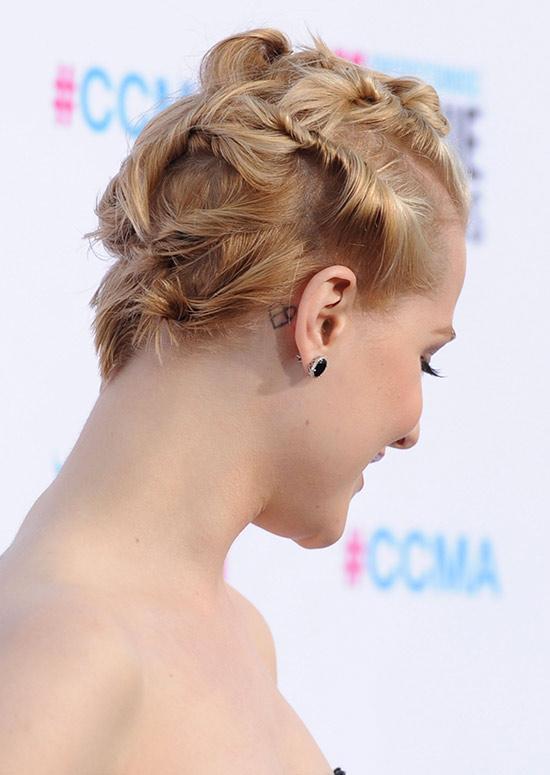Unique-Twisted-Hairdo