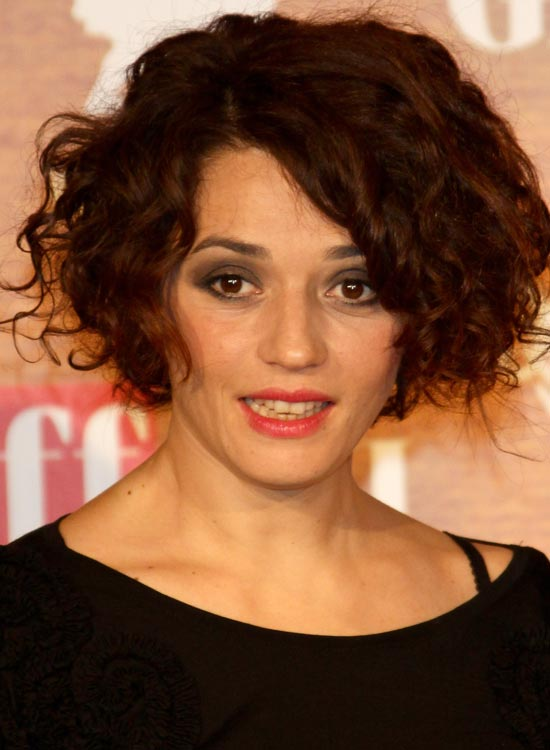 Voluminous Curly Bob With Wispy Layers