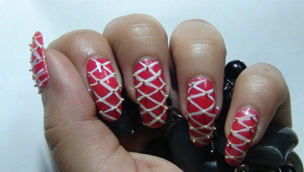 Pink Trendy Criss-Cross Nail Art Tutorial - Step 5