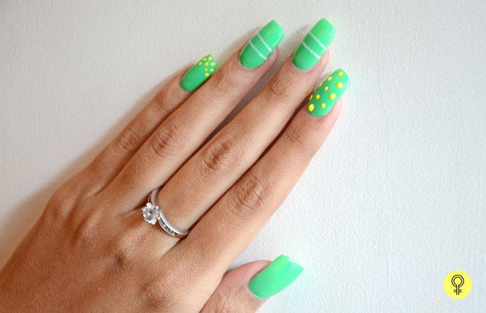 make polka dots on the nails