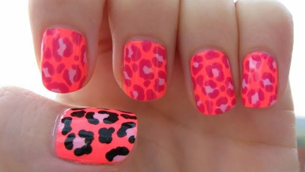 10 amazing hand painted nail art designs design 1 prinsesfo Images