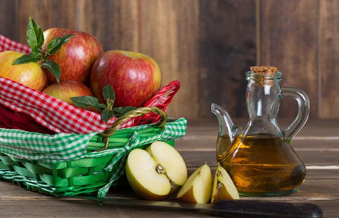 1.-Apple-Cider-Vinegar-For-Malaria