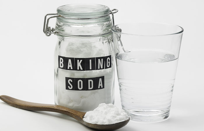 1.-Baking-Soda-With-Water