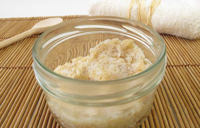 11. Honey And Sugar Scrub For Glowing Skin