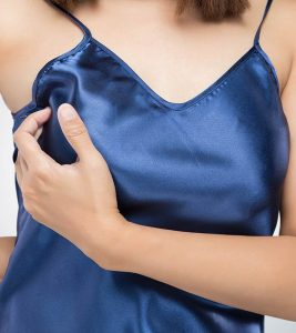 11 Home Remedies To Get Rid Of Rashes Under The Breast