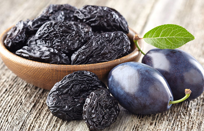 Foods That Aid Digestion - Prune