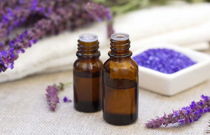 2. Lavender Oil For Blood Blister