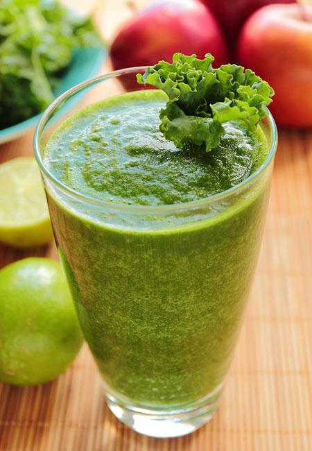 21. Apple, Kale, And Lemon Juice