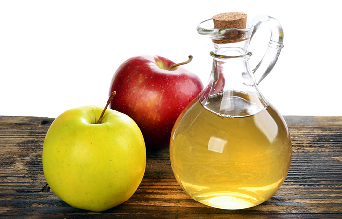 4.-Baking-Soda-And-Apple-Cider-Vinegar