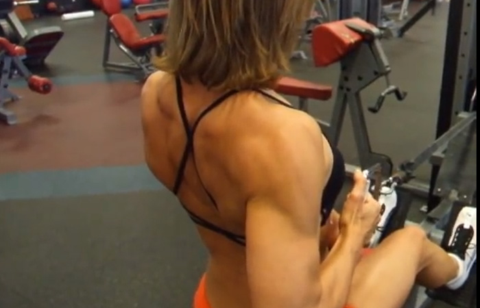 Seated Row Exercise - Seated One Arm Row