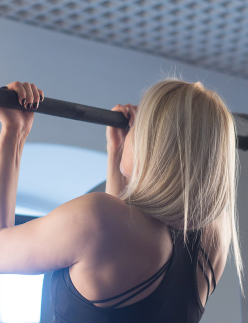 Slow Reverse Pull Up Exercise