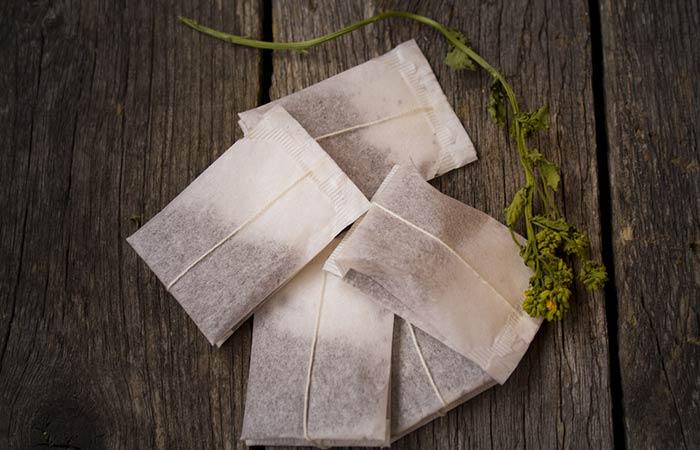 8. Tea Bag On Blood Blister