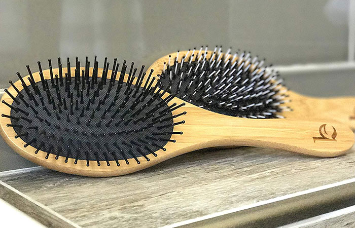 9. Beauty By Earth Detangling Hair Brush