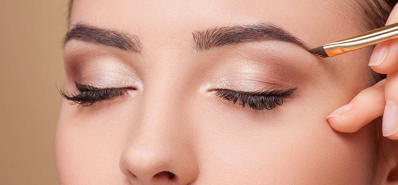 How-To-Fill-In-Your-Eyebrows-And-Take-Over-The-World