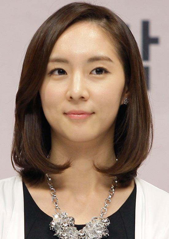 Amazing 50 Trendy And Easy Asian Girls39 Hairstyles To Try Short Hairstyles Gunalazisus