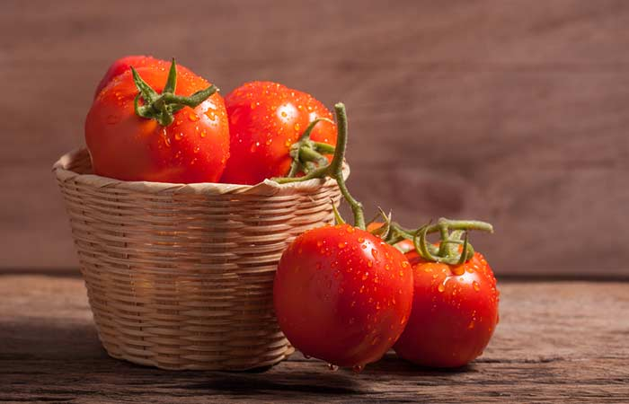 Tomato-Mask-For-Wrinkles