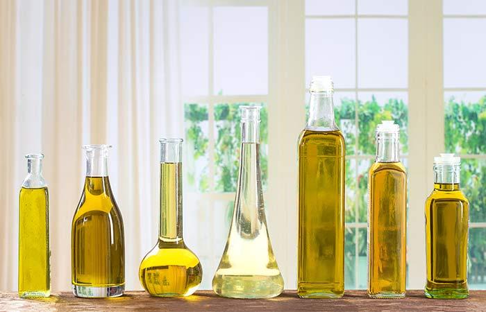 1.-Moisturize-Skin-With-Oils