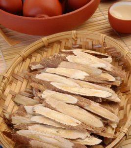 10 Evidence-Based Benefits Of Astragalus Root