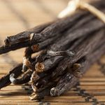 17 Amazing Benefits Of Vanilla For Skin, Hair And Health