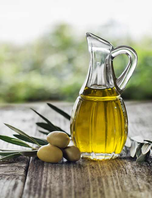 Home Remedies To Get Rid Of Itching Skin - Olive Oil