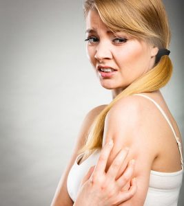 18 Effective Home Remedies To Get Rid Of Itching Skin
