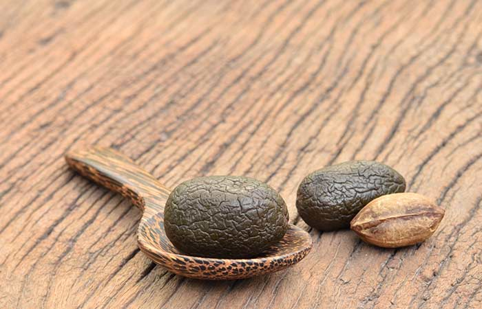 25-Amazing-Health-Benefits-Of-Triphala-Churna10
