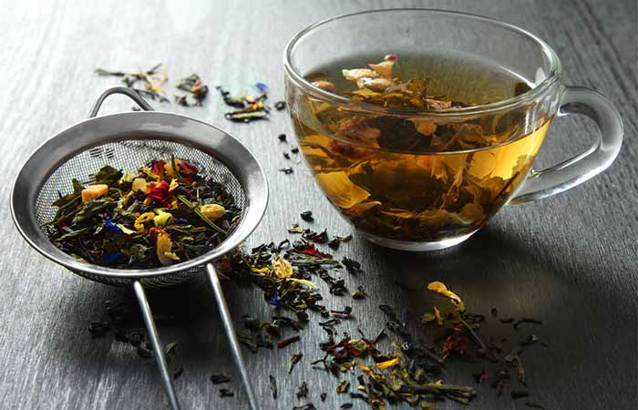 5. Comfrey, Cinnamon, And Chamomile Tea