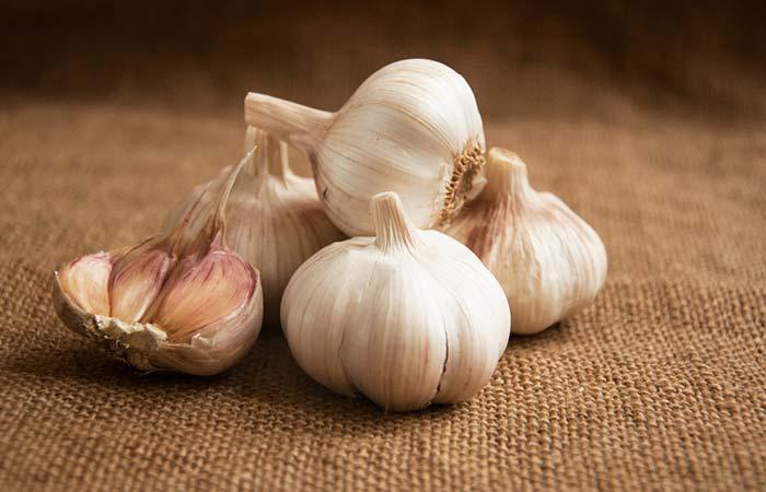 9. Garlic For Flawless Skin