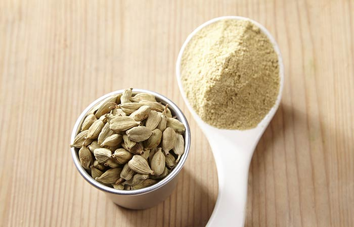Cardamom Powder For Hiccups