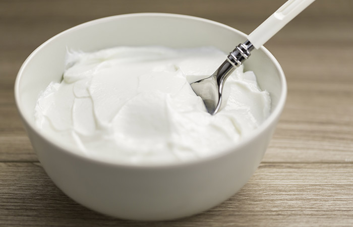 Greek-Yogurt-For-Prickly-Heat