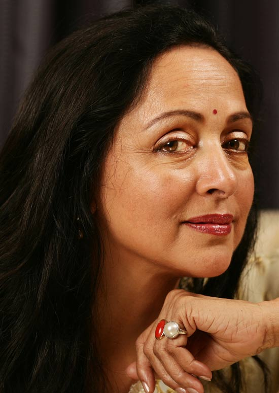 letty nakud in room