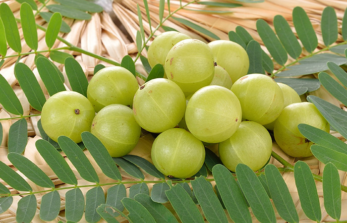 Indian-Gooseberries-For-Prickly-Heat