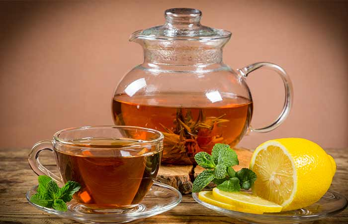 Lemon-Juice-With-Peppermint-Tea
