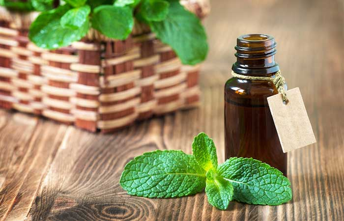 Treat Knee Joint Pain Naturally - Peppermint Oil