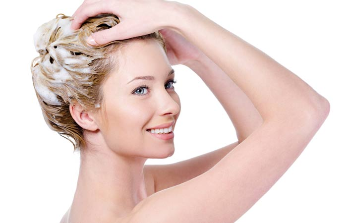Step-6-Rinse-The-Toner-From-Your-Hair-And-Condition