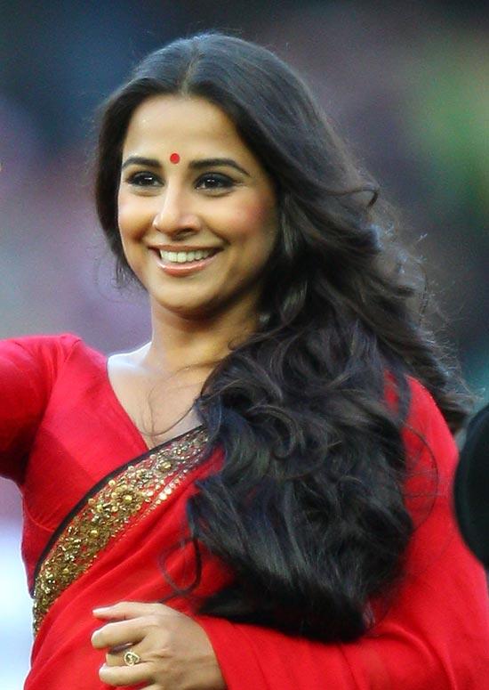 Top 50 indian actresses with stunning long hair vidya balan pinit altavistaventures Choice Image