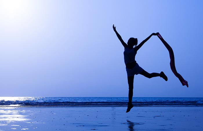 What-Is-Yoga-Dance-Therapy8
