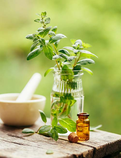Home Remedies To Get Rid Of Itching Skin - Peppermint Oil