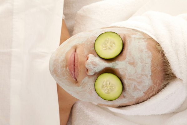 egg and cucumber face mask