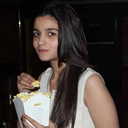 Alia Bhatt stunning look