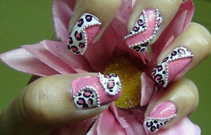 girly-pink-leopard-trapped1