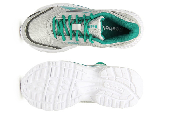 reebok women green & silver toned lite strike sports shoes