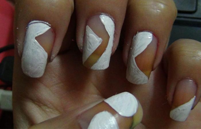 white-acrylic-colour1