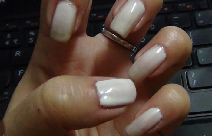 white-nail-polish1