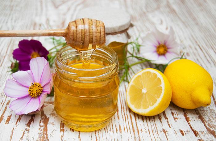 10. Honey And Lemon Juice